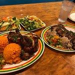 ジャマイカングリル タモン店の写真