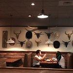 Lone Star Steakhouse & Saloon의 사진