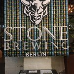 Foto van Stone Brewing World Bistro & Gardens