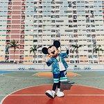 Foto Taman Hiburan Hong Kong Disneyland