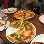 Фотография Fire and Ice Pizzeria