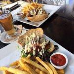 Saveur Cafe, Bistro & Patisserie Foto