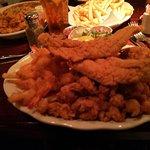 صورة فوتوغرافية لـ Papadeaux Seafood restaurant