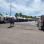 Riviera Farmers Market照片