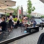 Bilde fra Vans Cafe & Deli