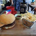 Twenty4 Restaurant and Burger Bar Foto