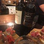 Фотография The Wine Box - Vinhos & Tapas