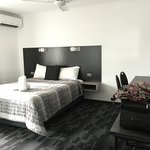 Spring Hill Terraces Motel and Apartments Photo
