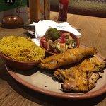 الطعام رائع 😀 ما عدا الأرز  😔