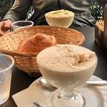 Foto de Comis Ice Cafe