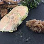 foie gras de canard mi-cuit mariné au muscat de Beaumes de venise