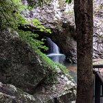 صورة فوتوغرافية لـ Natural Bridge