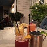 Henry's Bar and Restaurantの写真