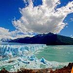 Full Day Tour to the Perito Moreno Glacier including Boat Safari (360901549)