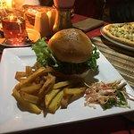 Photo de The Maya Pub & Restaurant
