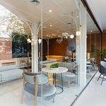 Lobby area & Cafe