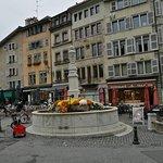 Φωτογραφία: Place Bourg du Four