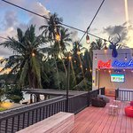 Enjoy your meal and drinks with us by the ocean