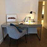 Deluxe 2 bedroom - Study room