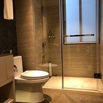 Superior / Deluxe / Grand Deluxe One bedroom bathroom