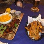 Billede af TJs Restaurant & Sports Bar
