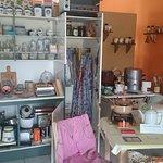 DDR Küchengeräte und Zubehör - auch die Nylon-Schürze darf nicht fehlen
