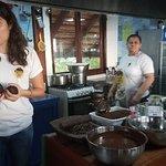 Photo de The Roatan Chocolate Factory