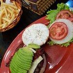 Winston's Burgers & Beer의 사진