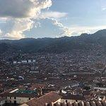 contamos con una maravillosa vista hacia a hermosa ciudad de Cusco , ven y compruébalo