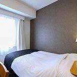 ダブルルーム(コンパクトな9㎡・ベッド幅140cm)