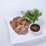 Frilled marinated pork with Isaan-style dipping sauce and vegetables