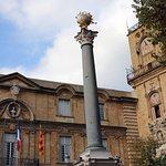 Hôtel de Ville & Roman column - Aix-en-Provence