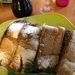 Foto de Simply Delicious Cafe & Bakery