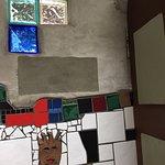 Bild från Kawakawa Public Toilets by Hundertwasser