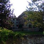 S. Maria di Sala (VE) - Castello di Stigliano - risale al 1100 circa, di proprietà privata è adibito a ristorante. Il parco è verde e rilassante, all'interno conserva degli affreschi. Ottima cornice per banchetti.