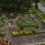 Die Parkanlage in Wat Chalong