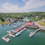 Foto de Robinson's Wharf
