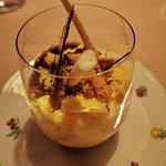 Bunet di cioccolato - spuma di zabajone – cialde croccanti