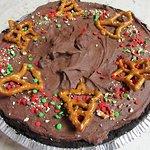 VEGAN Dark Chocolate Covered Pretzel Pie
