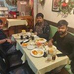 Photo de Downtown B's Indian Kitchen