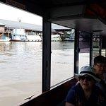 Disfrute una tarde navegando el Delta del Tigre...