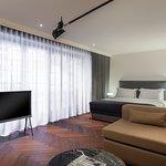 The House Premium Suite