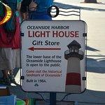 Lighthouse Oyster Bar & Grillの写真