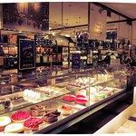 カール ファッツェル カフェの写真