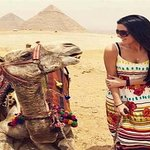 Tour of the Pyramids, Sphinx, Egyptian Museum and Bazaar including Camel Ride and Lunch from Cairo