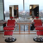 GETT'S MEN _ Barber_shop_Iulius_Mall_Cluj_reclined _chairs_01