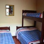 Viaja con tu familia tenemos habitaciones para 4 personas en en familia a con tus amigos baño privado