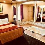Royal Jacuzzi Suite