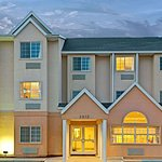 Microtel Inn & Suites by Wyndham Bushnell