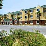 Microtel Inn & Suites by Wyndham Panama City